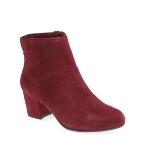 Steven madden red maroon ankle boots size 6.5